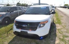 Ford Defender Front