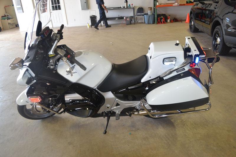 honda st1300 defender police motorcycles defender supply rh defendersupply com